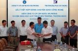 Trường Đại học Xây dựng ký kết hợp đồng chuyển giao công nghệ xử lý nước với Công ty CP Cấp nước Hải Phòng